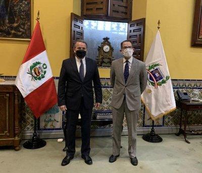Paraguay y Perú evalúan acciones para reforzar la relación bilateral