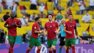 Francia y Portugal se la juegan en Budapest