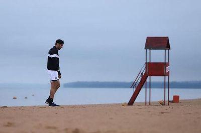 """""""Con muchas ganas de volver"""", Roque y la pretemporada en la playa"""