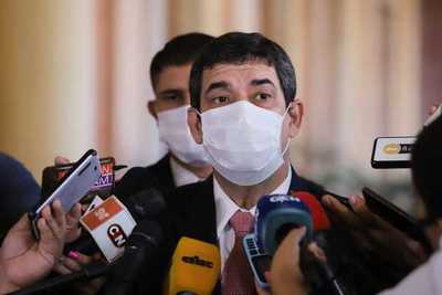 Velázquez niega injerencia del Ejecutivo en negociación para presidencia del Senado