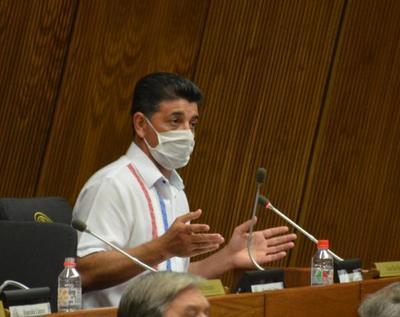 Ríos critica mensaje negativo de la oposición al votar por un colorado en el Senado