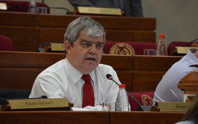 Enrique Riera rechaza que le presenten como aliado de la izquierda