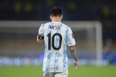 Messi, con 34 años, a saldar en Copa América una cuenta que duele en el alma