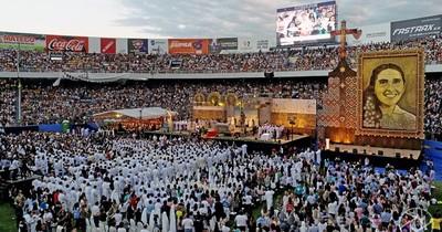 La Nación / Chiquitunga: a tres años de su beatificación, la devoción paraguaya ya la considera santa