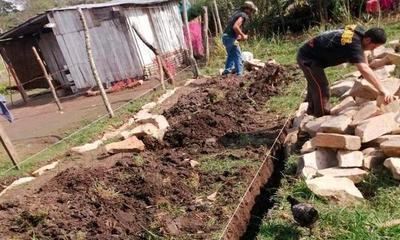 Inicia construcción de vivienda para Angélica y sus hijos – Prensa 5