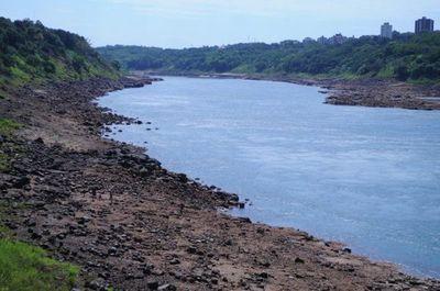 Sancionan ley de emergencia en navegación de los ríos y autorizan trabajos de dragado