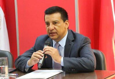 Hija del diputado Ramón Romero Roa: «Mi papá se vacunó sin saber que tenía COVID»
