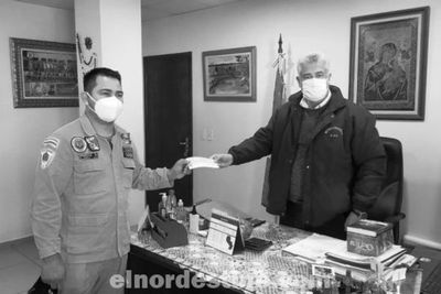 Intendente Acevedo entrega multimillonario aporte a las dos agrupaciones de Bomberos Voluntarios de Pedro Juan Caballero