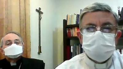 """Suprimen comunidad misionera por """"radicalización"""" y desatan críticas"""