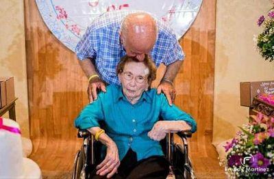 Falleció Doña Irma, la madre de Óscar Denis a los 96 años