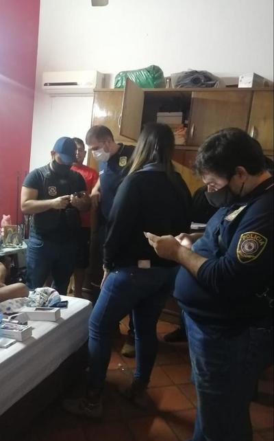 Varios allanamientos y detenidos desde la madrugada de este jueves por el robo de G. 210 millones a intendente de San Antonio