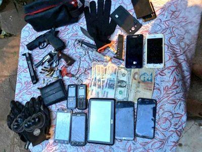 Policía integraba una banda asaltantes que asaltó a intendente · Radio Monumental 1080 AM