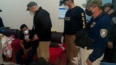 Policía fue detenido por asalto a intendente de San Antonio