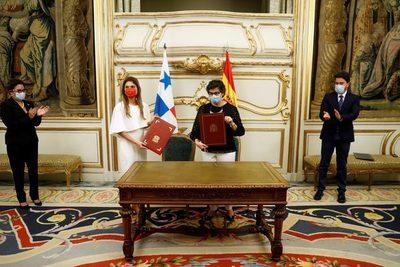 Panamá subraya sus buenas relaciones con China, sin conflictos con EEUU