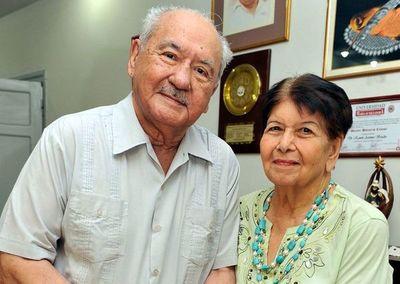 Artemio Bracho y Doña Nélida Aquino: Una historia de 68 años de amor