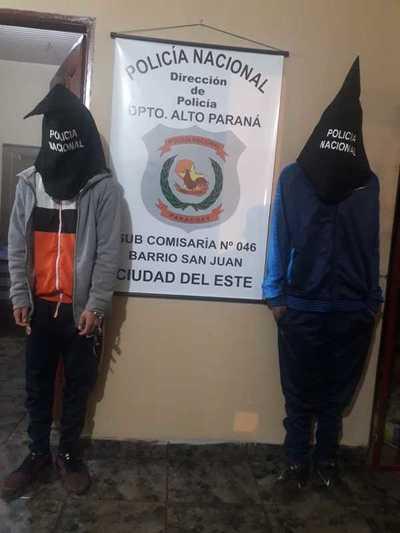 Motoasaltantes fueron capturados tras robar un celular
