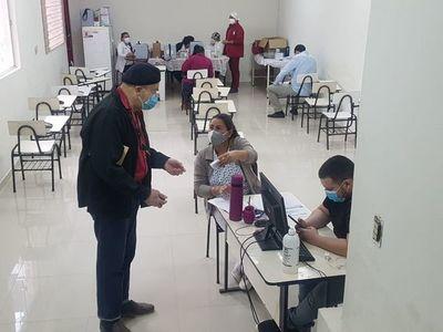 Segunda dosis de AstraZeneca, en el Hospital San Pablo
