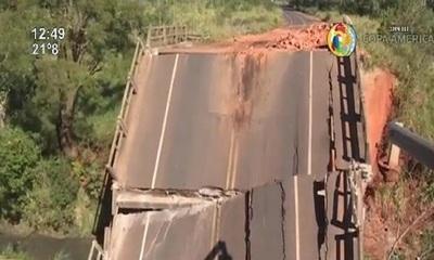 Allanaron oficina del MOPC por el derrumbe del Puente de Tacuatí