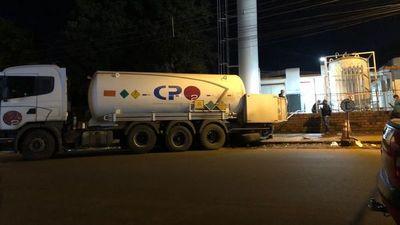 Incautan camión con oxígeno de supuesto contrabando en PJC