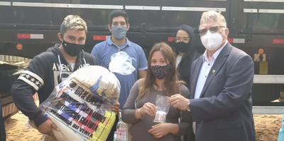 Gobernación entregó kits de alimentos en Coronel Oviedo y Caaguazú
