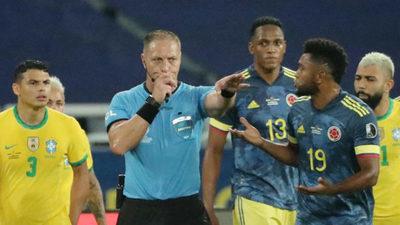 """Colombia pide la """"suspensión inmediata"""" de Pitana tras la polémica en el partido contra Brasil"""