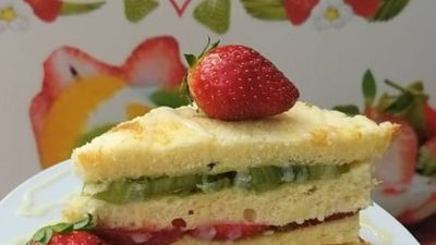 Sándwich de frutilla es el nuevo boom en Areguá