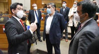 Salud precisa veinte millones de dólares mensuales para combatir la pandemia – Prensa 5