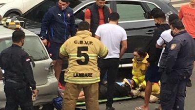 Chocaron a jugador de Cerro: salió ileso, pero su auto quedó dañado
