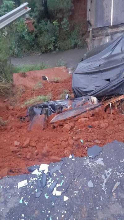 Incautan documentos del MOPC en caso de Derrumbe del Puente de Tacuatí