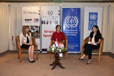 Analizarán situación de mujeres trabajadoras en foro internacional