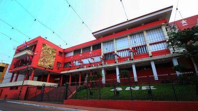 ANR: Cuestionados integran lista de concejales en capital