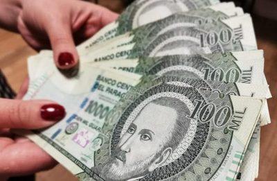 Salario mínimo: reajuste podría impactar a 250 mil trabajadores