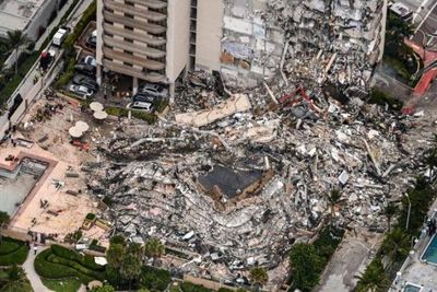Ya son cuatro los muertos por el derrumbe del edificio en Miami y buscan a otras 159 personas
