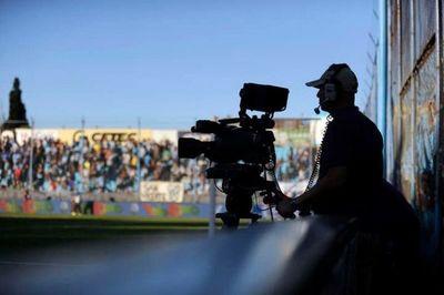 Irrisoria multa a Tigo por concentración en mercado de TV