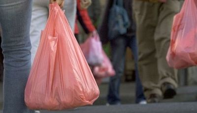 Desde julio regirá la ley que regula el uso de bolsas de plástico