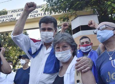 Preliminar de Efraín Alegre por caso facturas fraguadas será el 7 de julio