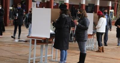 La Nación / Lista de concejales se renovó con voto preferencial, aseguran