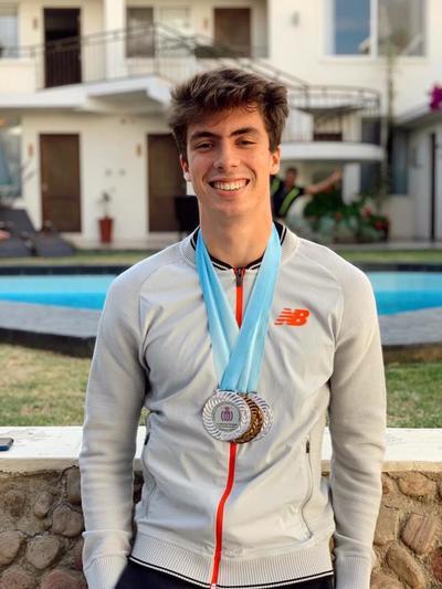 Mateo Vargas sigue sumando medallas a nivel internacional