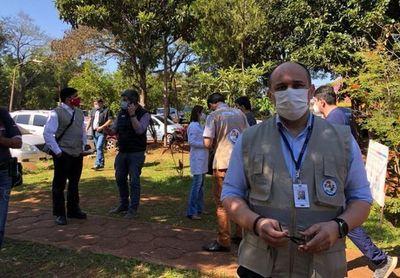 Exviceministro de Salud, Julio Rolón, asume como director del Hospital del Cáncer