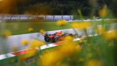 Pole para Verstappen con Hamilton P2 en Austria