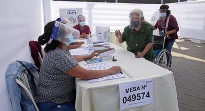 Perú: Jurado electoral retomó su labor para dirimir el resultado del ballotage