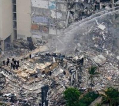 Ascienden a 5 los fallecidos por colapso de edificio en Miami