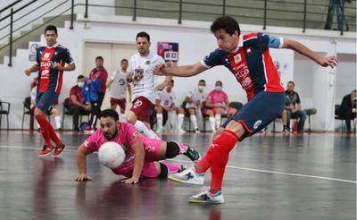 Futsal: El campeón Cerro golea y es semifinalista