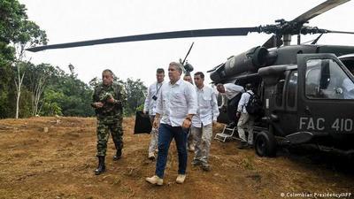 Colombia: ofrecen millonaria recompensa por atacantes de helicóptero presidencial