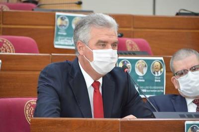 Bacchetta ve difícil la unidad de la ANR para el 2023 por la mala gestión del Gobierno