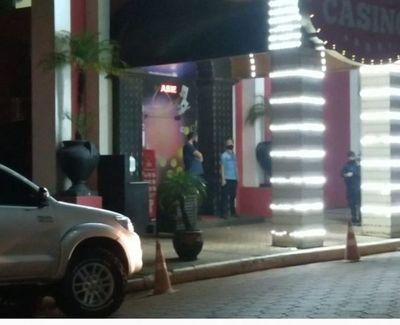 Casino Amambay sigue violando Decreto Presidencial de horario y de aglomeración.
