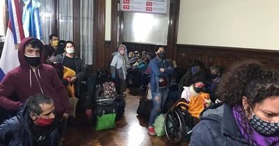 La Nación / Presentarán datos de una investigación sobre situación de paraguayos en Argentina y España