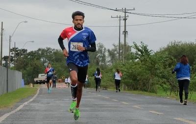 Derlys Ramón Ayala es el ganador de la Corrida Olímpica 2021