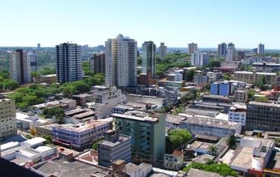 Foz de Yguazú pretende elevar la cota de 300 a 500 dólares para sus tiendas