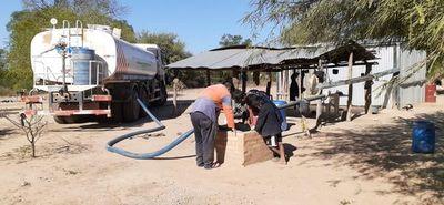 La SEN comenzó el acarreo de agua en comunidades chaqueñas
